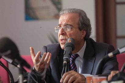 El Dr. Vicente Rodríguez presenta su experiencia sobre Cross Linking