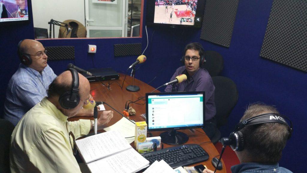 El Dr. Carreras en Radio Marca hablando sobre cirugía de las cataratas